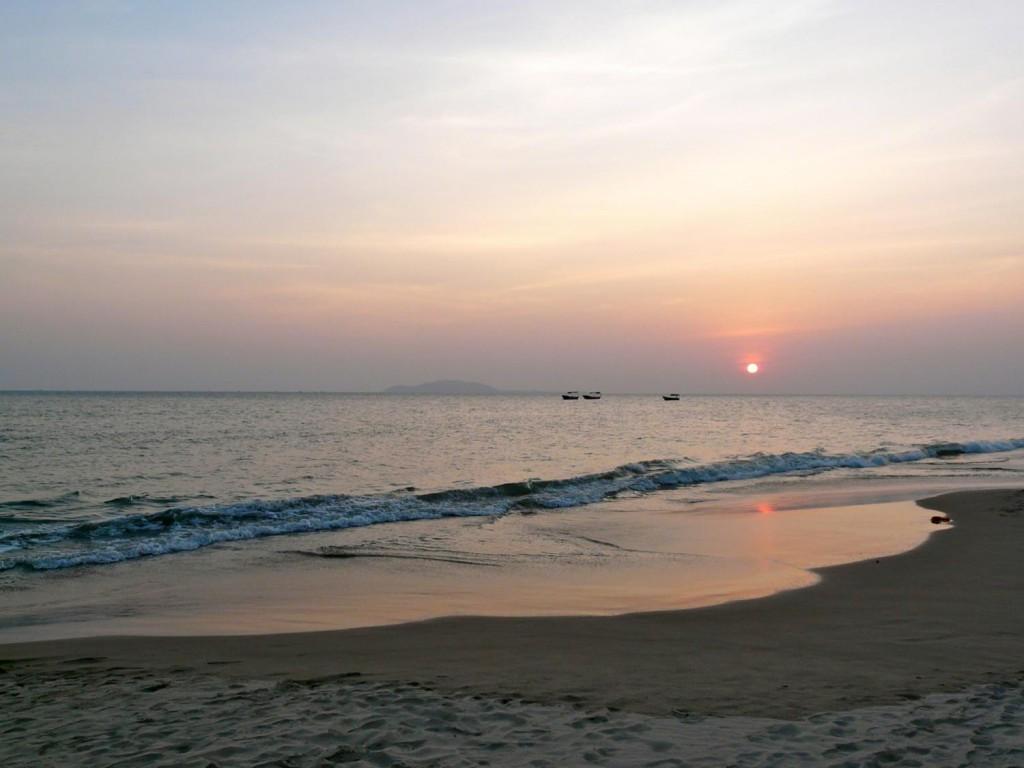 Sonnenuntergang vor Sanya Bay