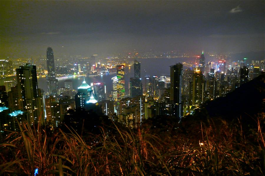 hongkong-skyline-at-night